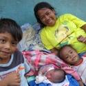 Obachlose Familie in den Philippinen