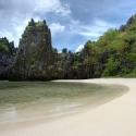 Beach on Miniloc