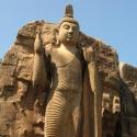Aukana Buddha