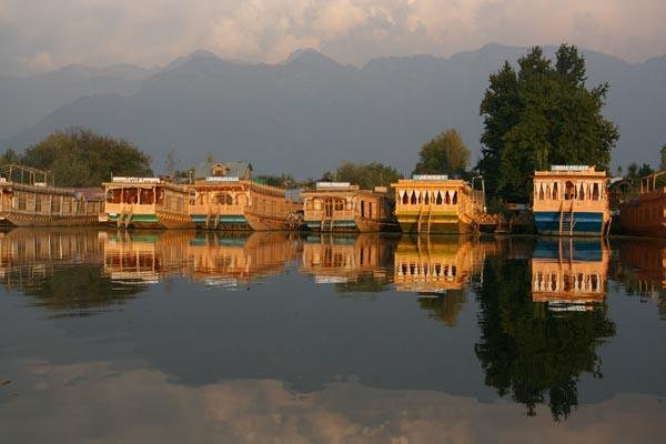 Houseboat Srinagar Tariff Srinagar Houseboats