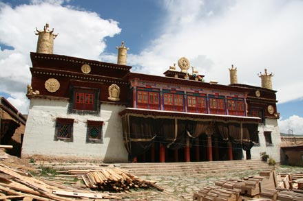 Reconstructing Dargye Gompa Monastery