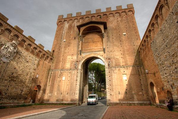 ContemporaryNomad.com  Gothic Siena