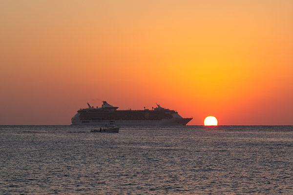 Cruise ship departs San Miguel de Cozumel