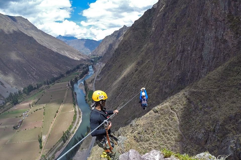 Skylodge Adventure Suites: Thomas ziplining in the Sacred Valley