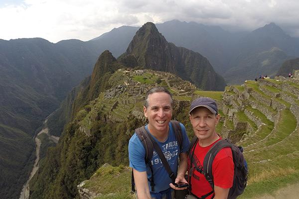 TnT on the way to Inca Bridge
