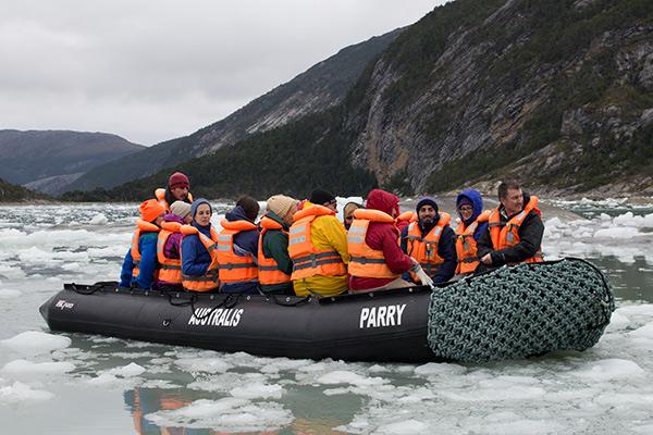 Zodiac excursion to the Pia Glacier