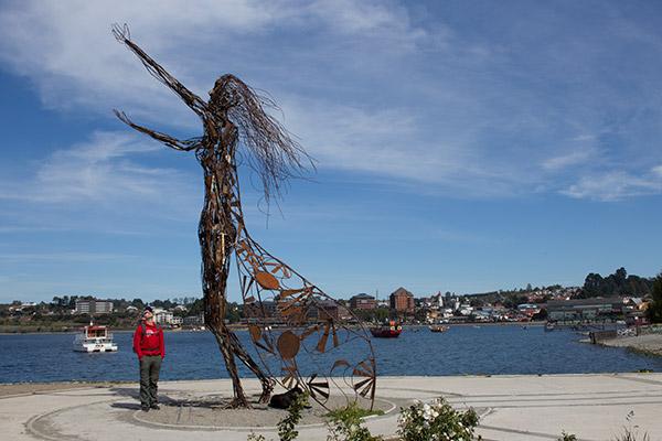 Metal sculpture in Puerto Varas