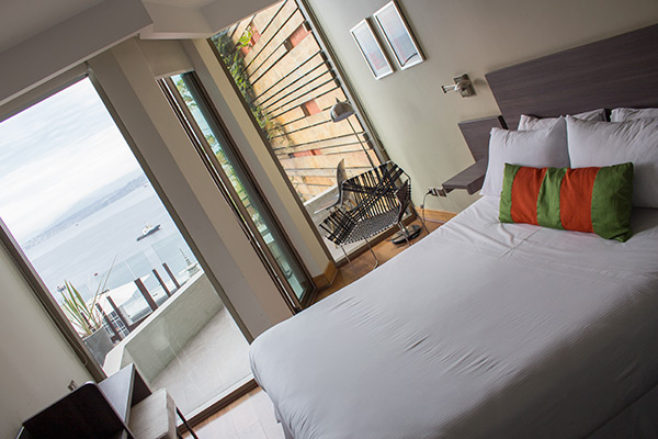 Hotel 17, Valparaíso