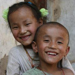 Qiang children we met climbing the Qiang towers