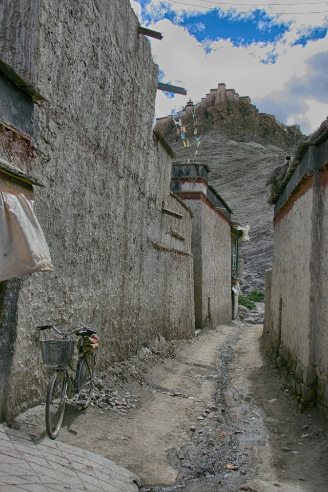 Backstreets of Gyantse, Tibet
