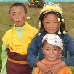 Tibetan Children near Tagong in Sichuan, China