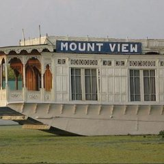 Mount View Houseboat