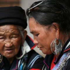 black-hmong-women