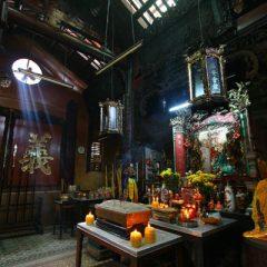 jade-emperor-pagoda-2