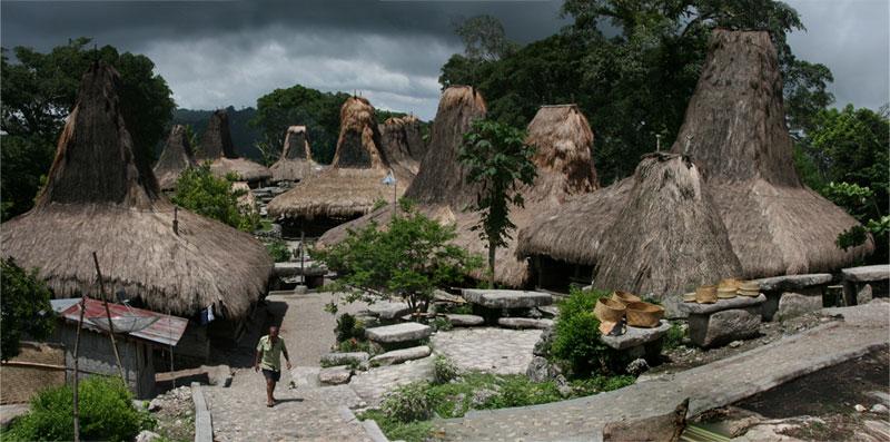 Hasil gambar untuk Tarung Village