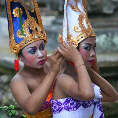 Women at Balinese Festival