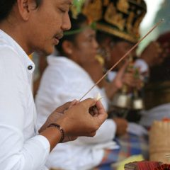 Hindu Ceremony in Ubud