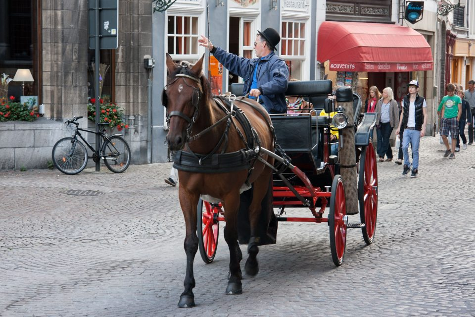 Carriage n the streets of Bruges
