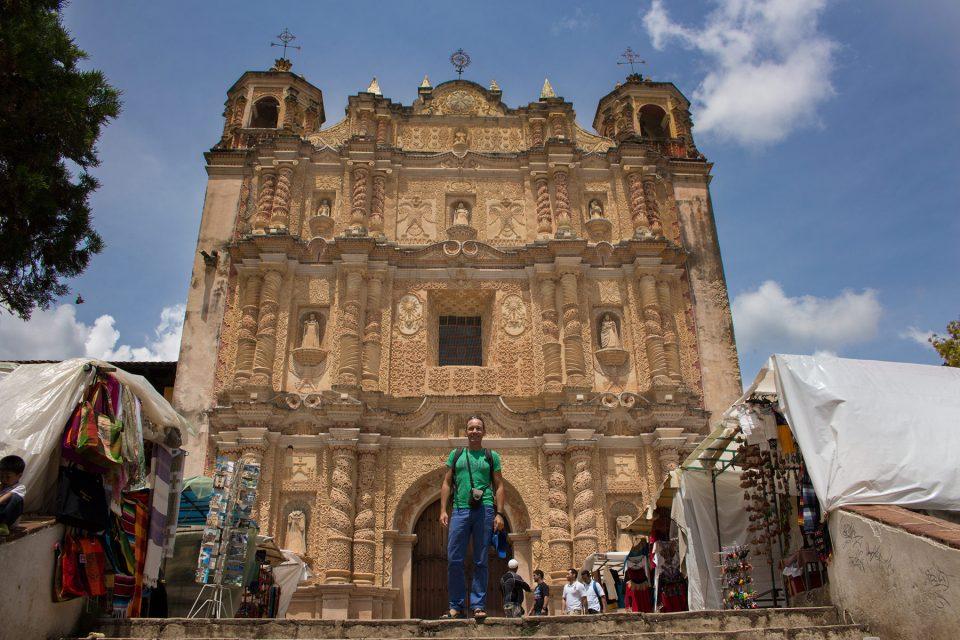 Little market in front of Iglesia de Santo Domingo de Guzman