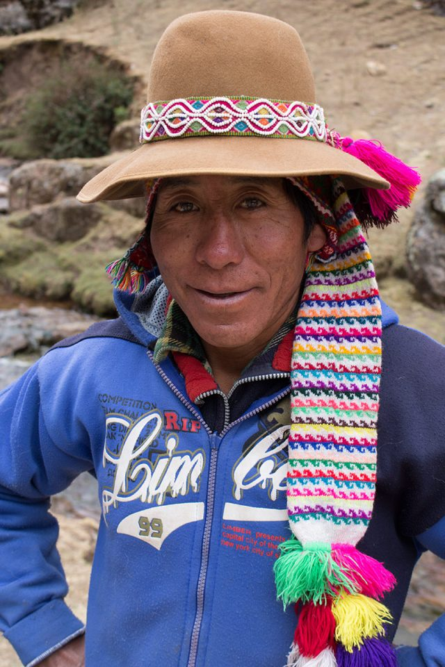 Andean Lodges: Our llama driver stops for a break