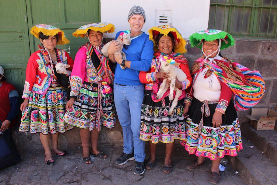 Hangin' with the lamb ladies