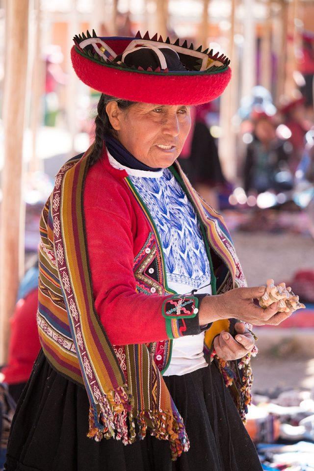 The Chinchero market
