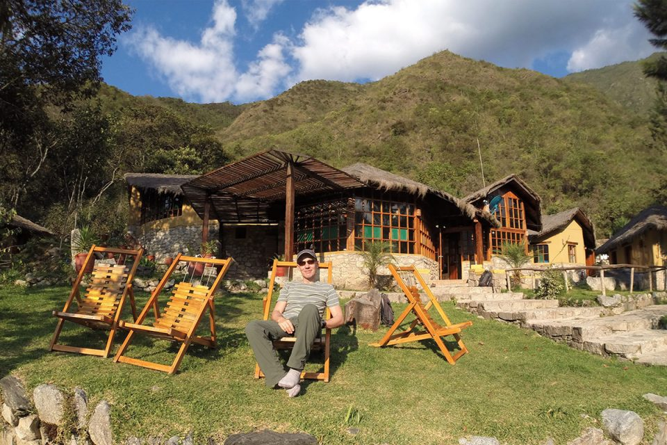 Salkantay trek to Machu Picchu: Thomas relaxes in the sun at Lucma Lodge
