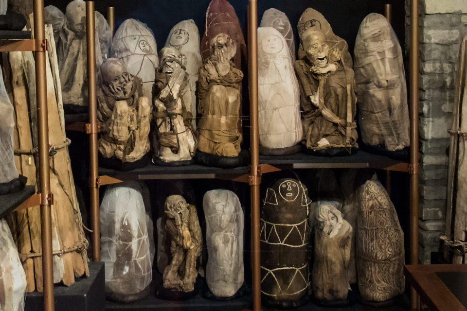 Mummies and bone bundles