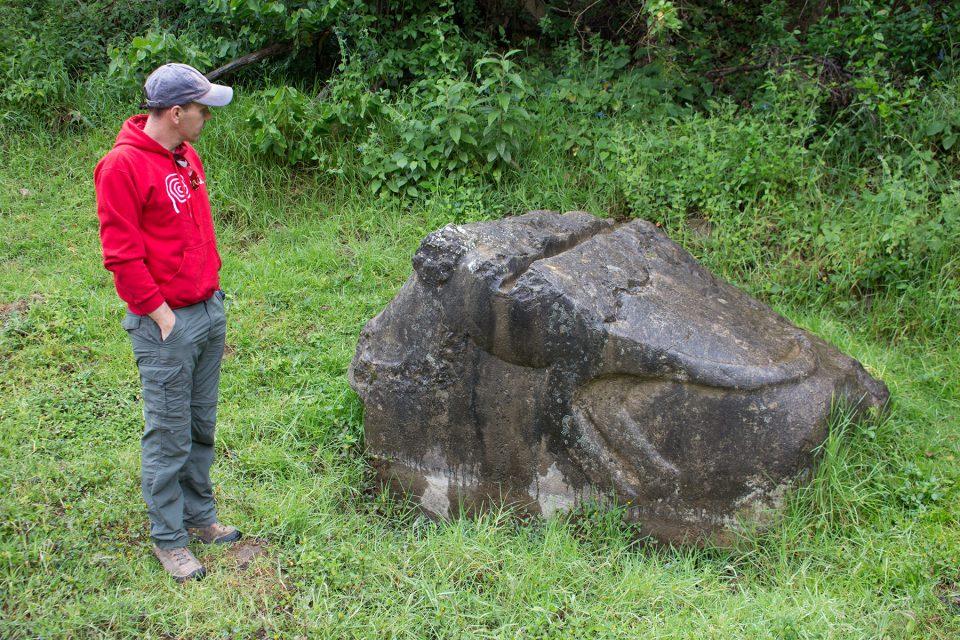 Giant stone altar on way to Revash