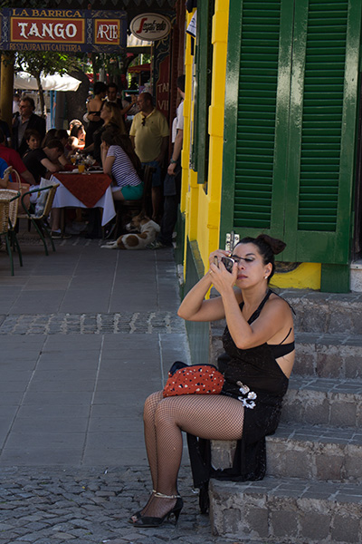 Dancer getting ready in La Boca