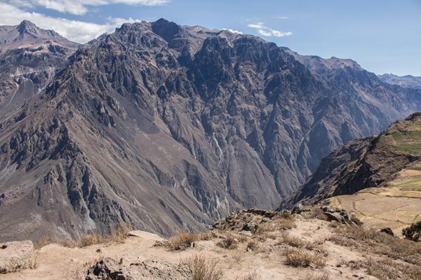 Colca Canyon Cruz del Condor
