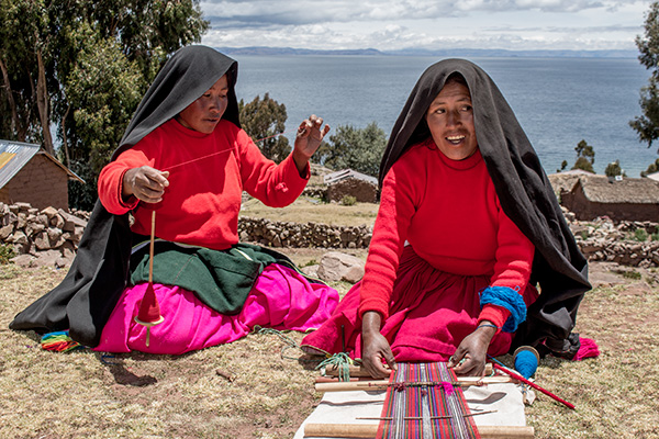 Women weaving on Isla Taquile