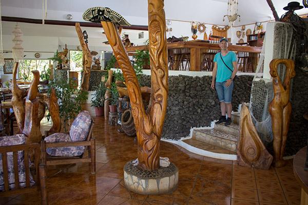 Moai in the breakfast room