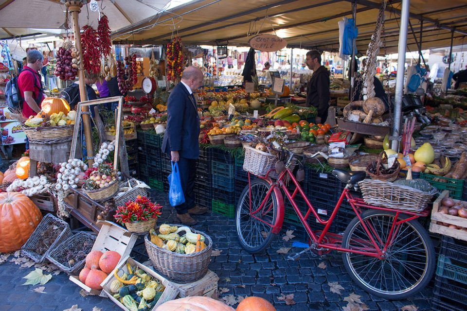 Things to do in Rome: Campo de'Fiori Market