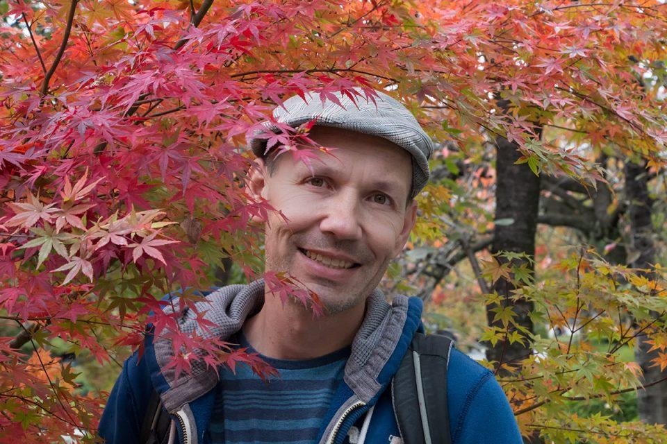 Thomas exploring the autumn foliage in Kyoto