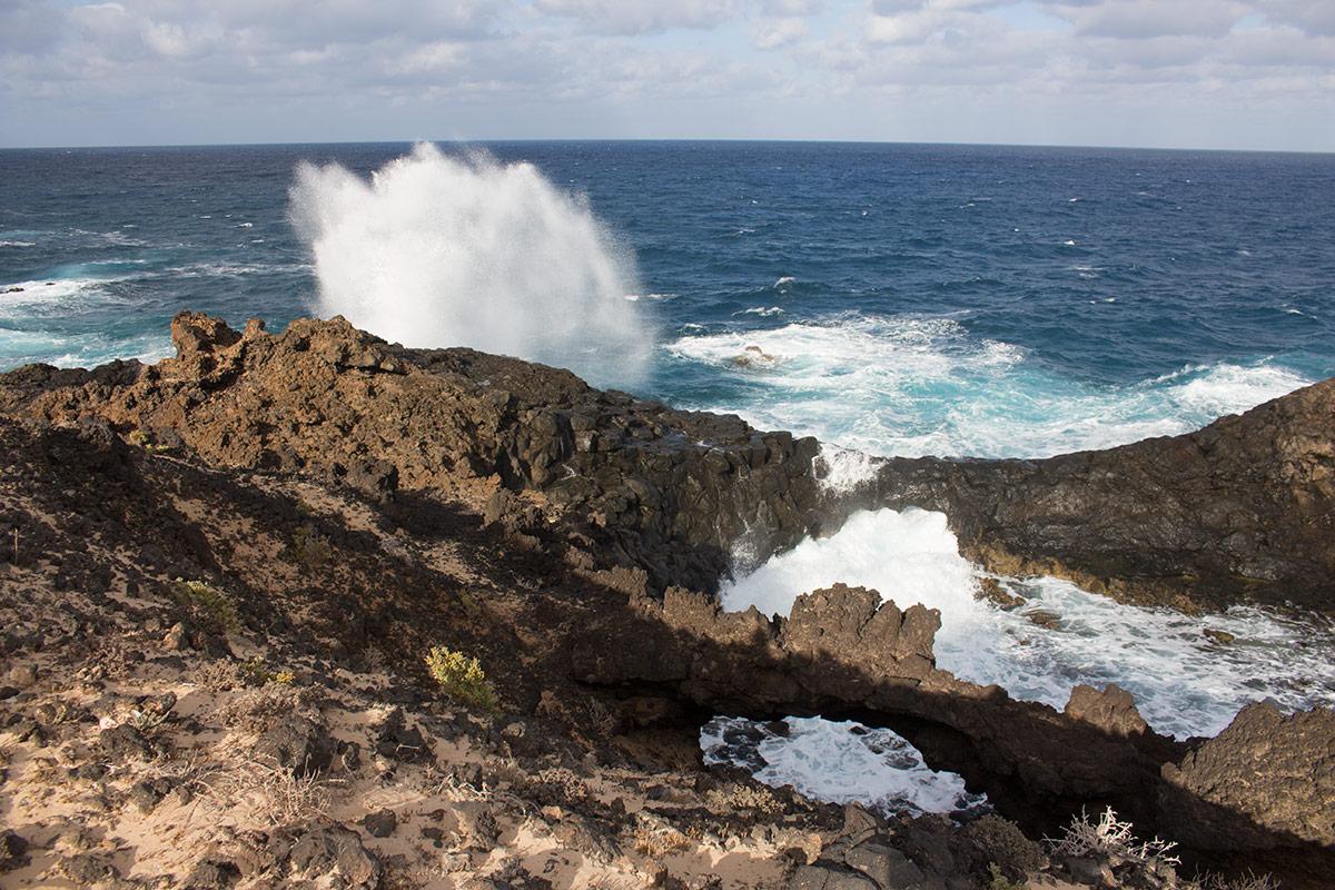 Coast along Lanzarote's Charco del Palo