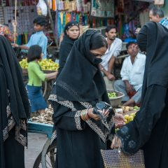 Shoppers at Sardar Market in Jodhpur