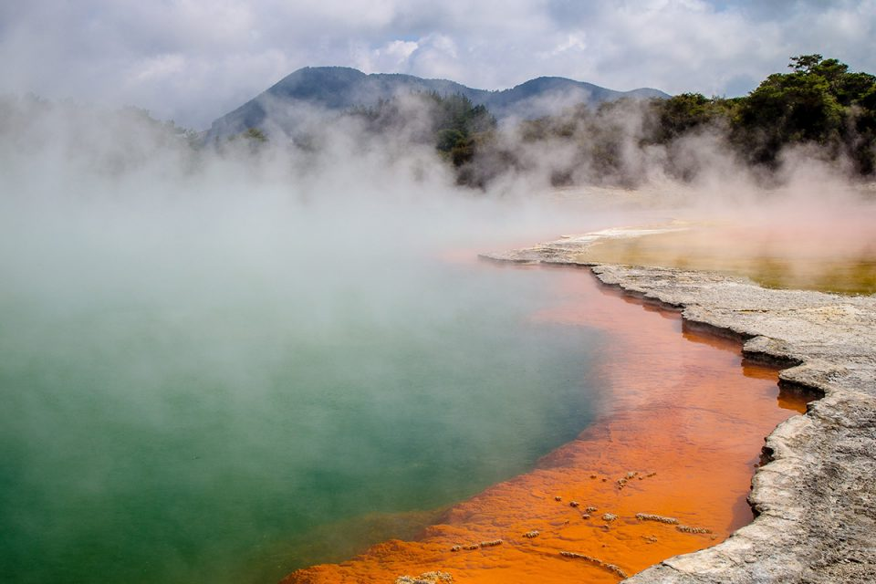 Things to Do in New Zealand: Waiotapu Champagne Pool