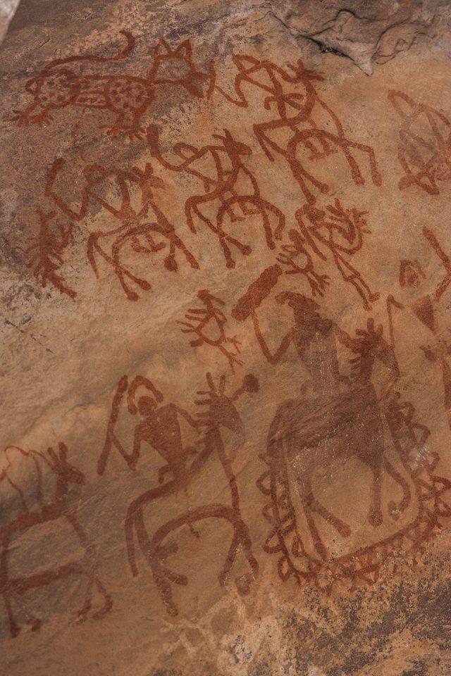 Beautiful ochre petroglyphs at Bhimbetka